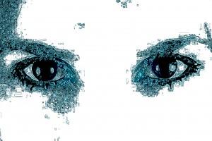 07. - HYPNOTIC EYES