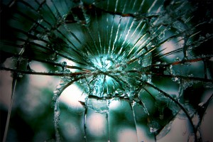 05. - BREAKING GLASS 3