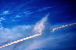 11. - Wasserstrahl am Himmel