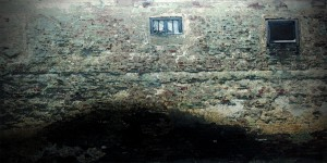 725. - THE OLD HOUSE.ausschn.aqua.40x80.klein. 1
